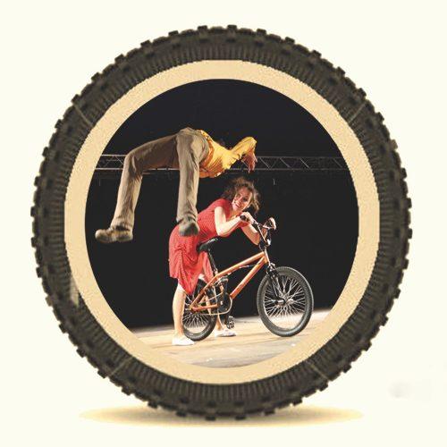 img-grid-love-has-wheels